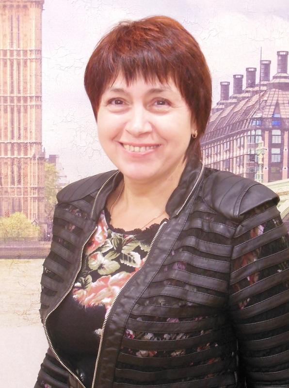 Леонтьева Валентина - менеджер по переводам бюро переводов